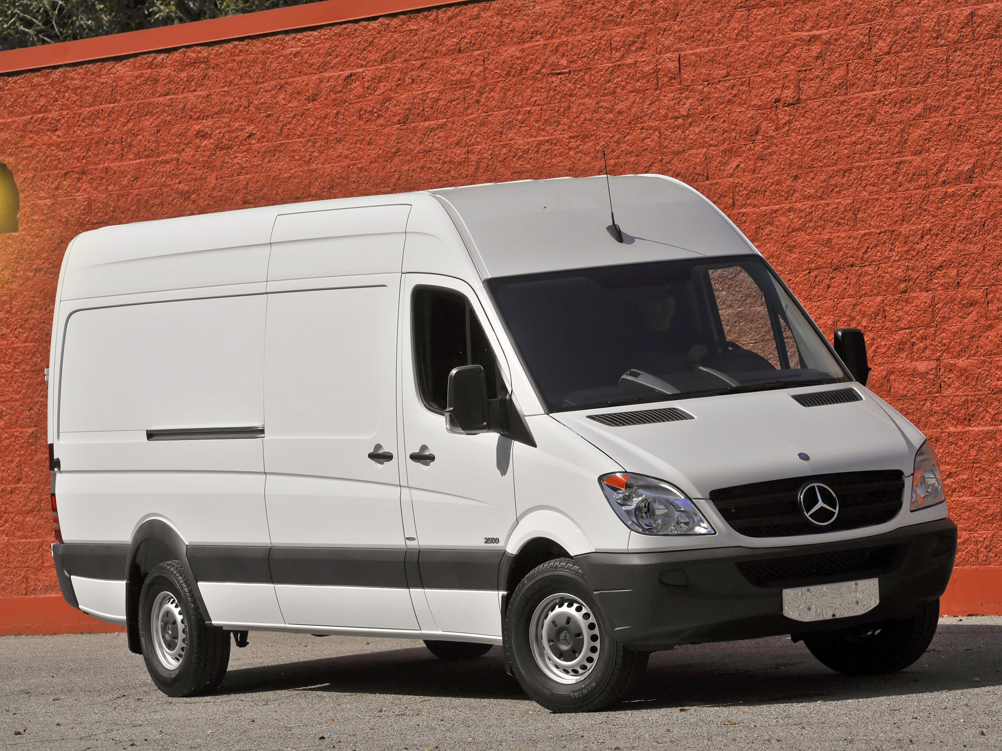 Фото автомобиля Mercedes-Benz Sprinter Fourgon